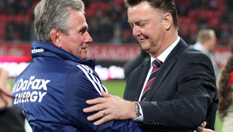 Bundesliga-Trainer Heynckes (l.) und van Gaal: Trainer werden selbst aktiv