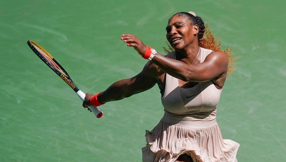 Serena Williams kämpft sich ins Viertelfinale