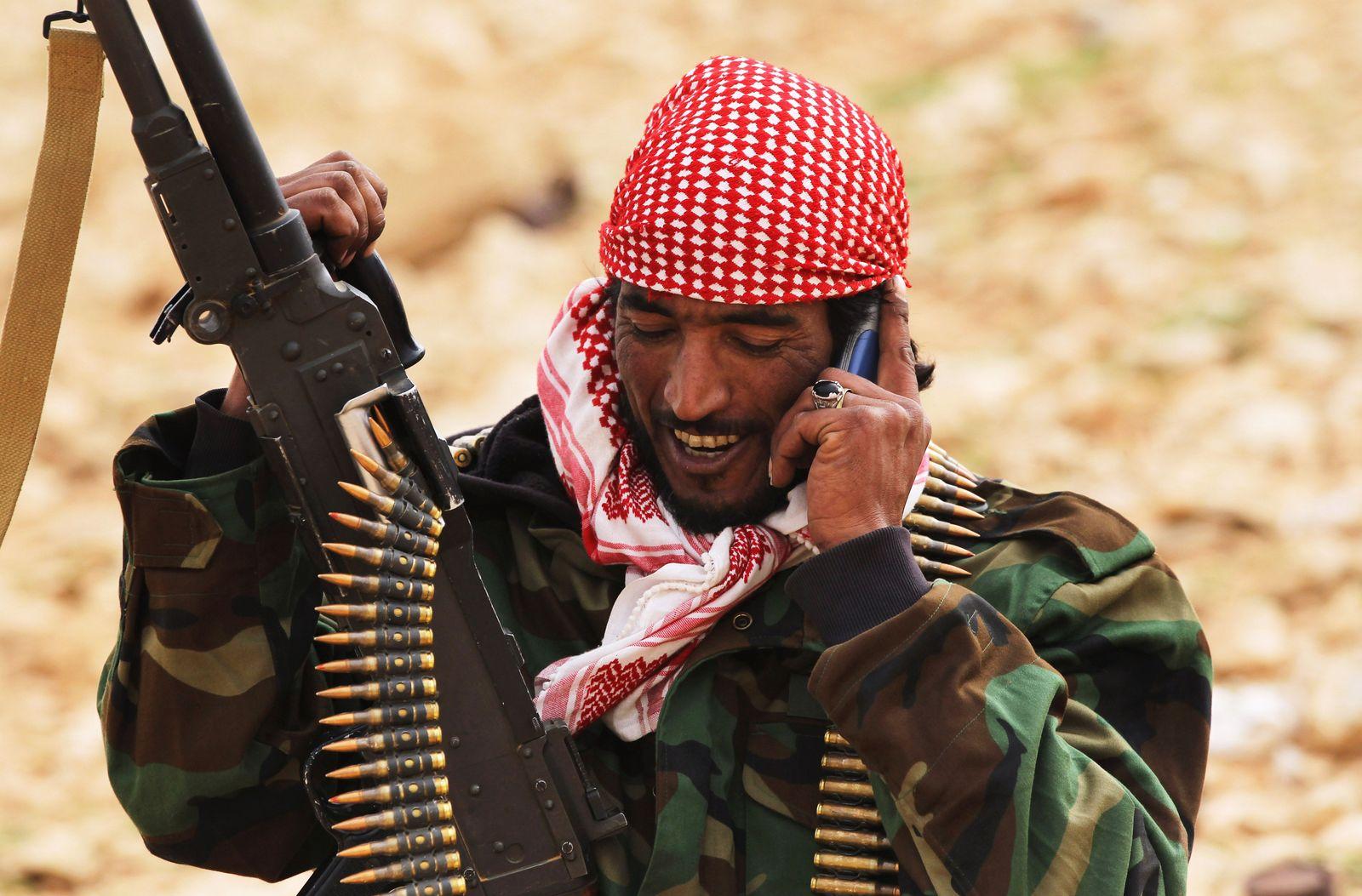 Libyen Rebell Handy Telefon Mobilfunk