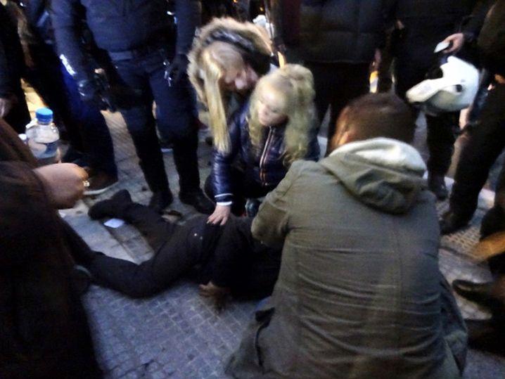 """Giorgos Dimou am Boden: """"Sollte einen Job beim Theater bekommen"""""""