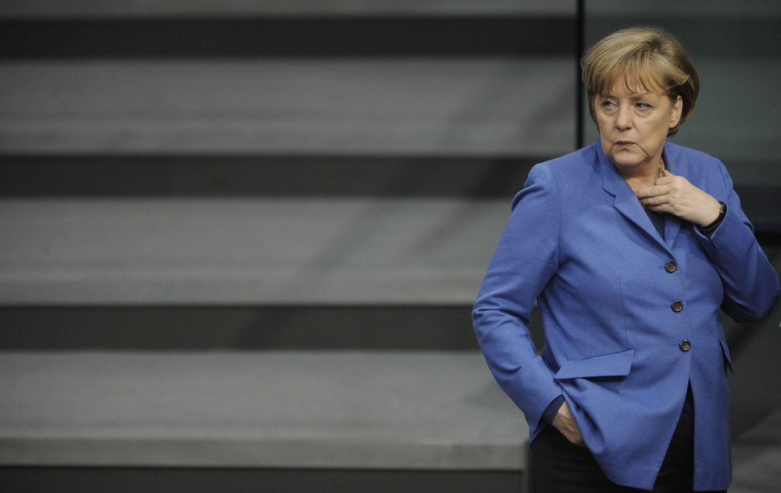 NICHT VERWENDEN Merkel Bundestag