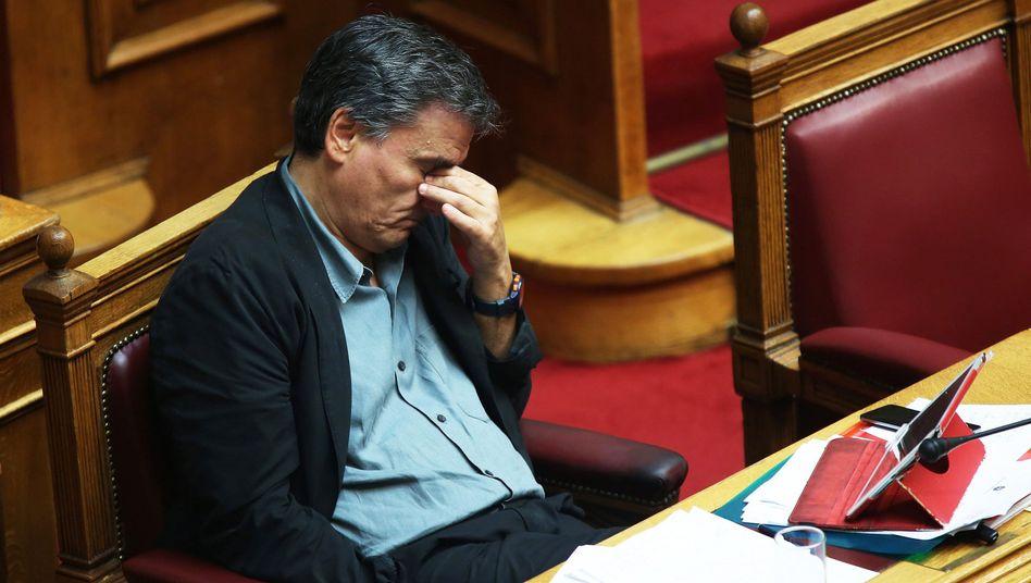Finanzminister Euklid Tsakalotos im Parlament