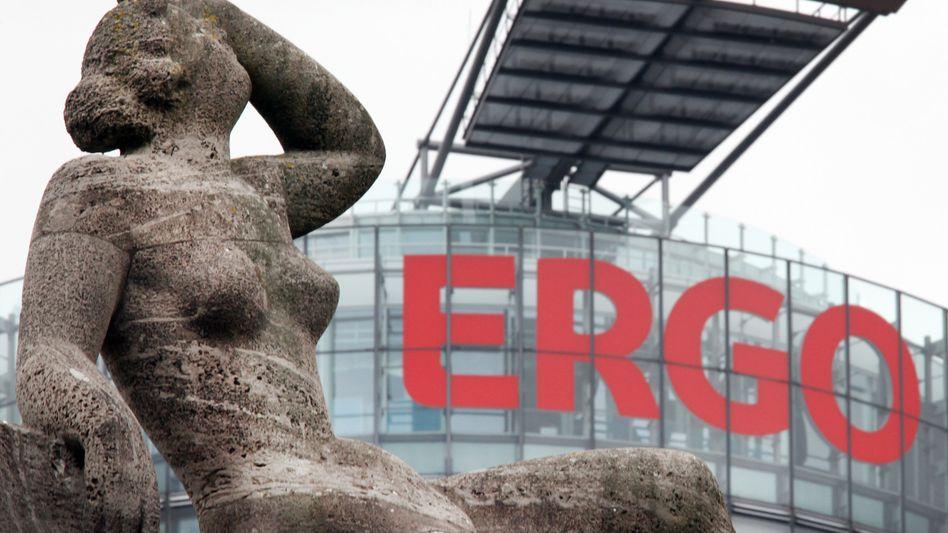 """Ergo-Zentrale in Düsseldorf: """"Wir haben verstanden"""""""