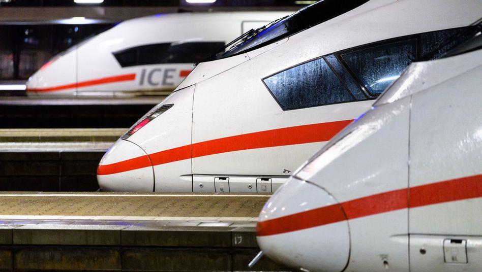 ICE-Züge am Bahnhof München