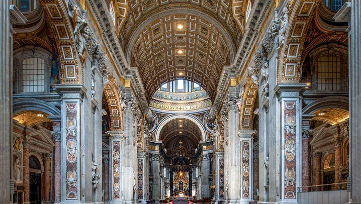 Von Norwegen bis Rumänien: Beeindruckende Kirchen in Europa