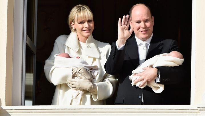 Prominente Zwillingsmütter: Spätes Babyglück im Doppelpack