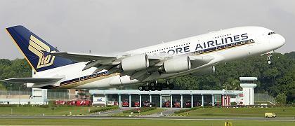 A380 hebt in Singapur ab: Ab heute im Linienbetrieb gen London