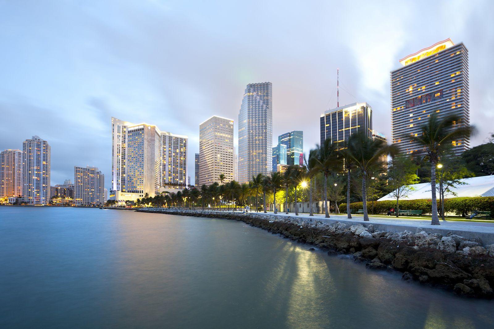NICHT MEHR VERWENDEN! - Miami Skyline