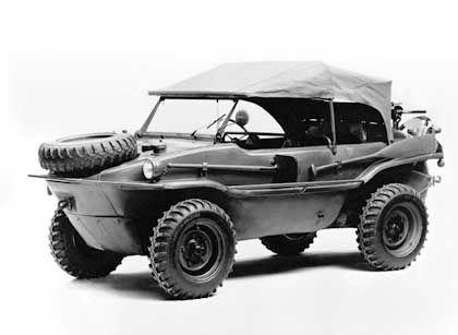 Während des Krieges wurden 60.000 Schwimm- und Kübelwagen für den Fronteinsatz gebaut: Volkswagen Typ 166, Baujahr 1944