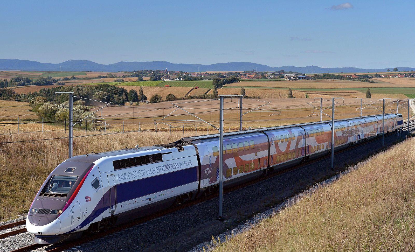 FRANCE-TRANSPORT-RAILWAY-LGV