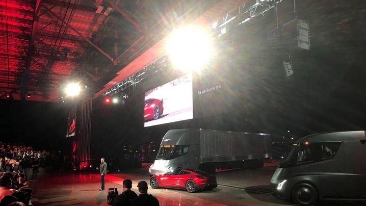 "Lkws mit Elektroantrieb: Gegen diese E-Trucks tritt Teslas ""Semi"" an"