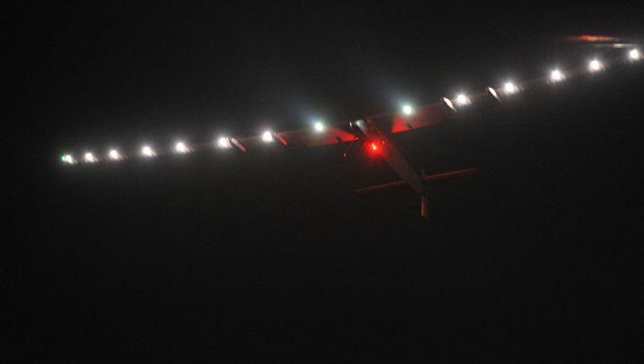 """""""Solar Impulse 2"""": Solarflieger landet sicher in China"""