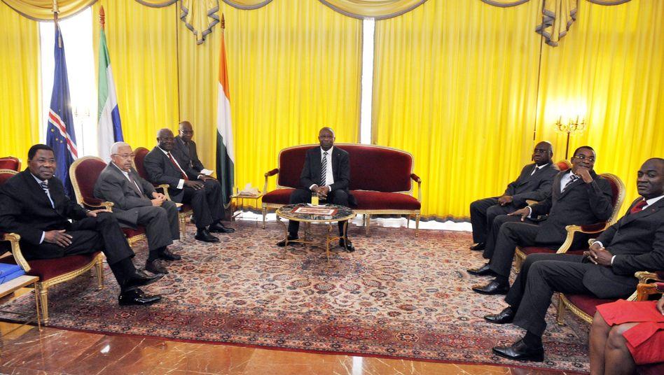 Laurent Gbagbo: Der widerspenstige Wahlverlierer gerät international in die Isolation