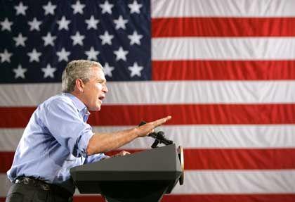 Bush in Las Vegas: Hohe Ausgaben trotz enormer Haushaltsrisiken in der Zukunft