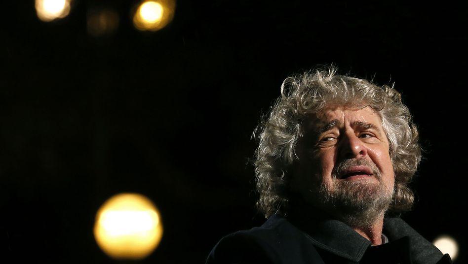 """Beppe Grillo: """"Wenn die Zinsen 100 Milliarden Euro pro Jahr betragen, sind wir tot"""""""