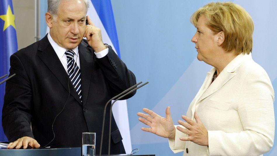 Kanzlerin Merkel, Israels Premierminister Netanjahu (Archivbild): Deutliche Kritik aus Berlin
