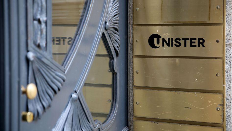 Firmenschild von Unister in Leipzig
