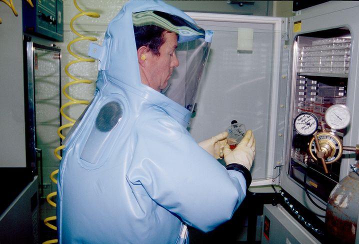 Arbeit mit dem Ebolavirus in Fort Detrick