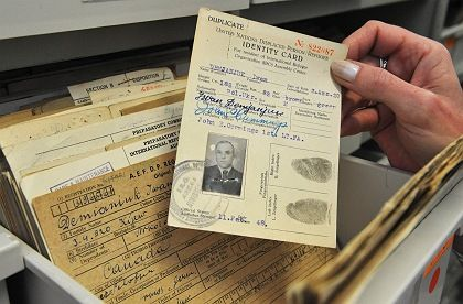 Demjanjuk's identity card from when he was a displaced person: Germany wants to put the suspected war criminal on trial.