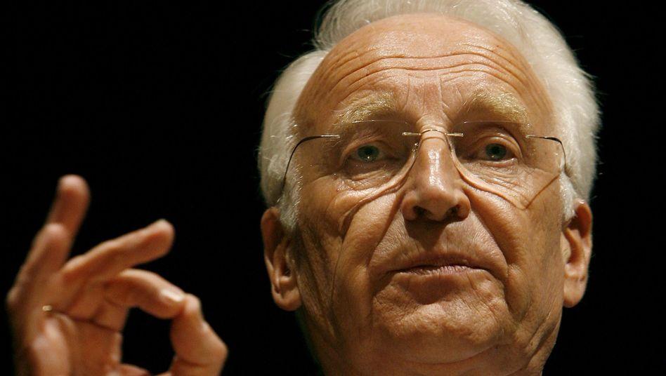 Edmund Stoiber: Der ehemalige Ministerpräsident erklärt gern die Welt