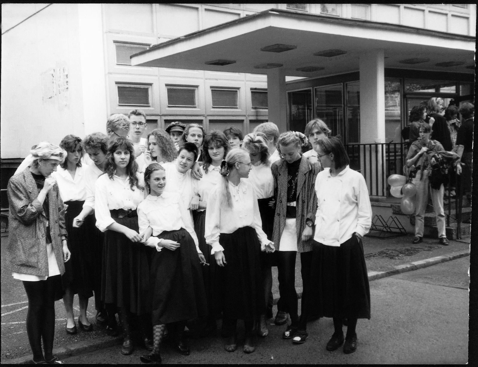 EINMALIGE VERWENDUNG/ Abiturklasse Jochen Gutsch, 1989