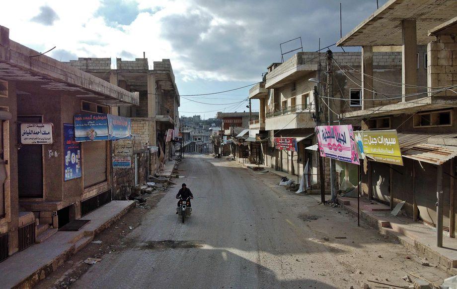 Die Menschen gehen, zurück bleiben Geisterstädte: So auch im Süden der Provinz Idlib, im Dorf Balyun