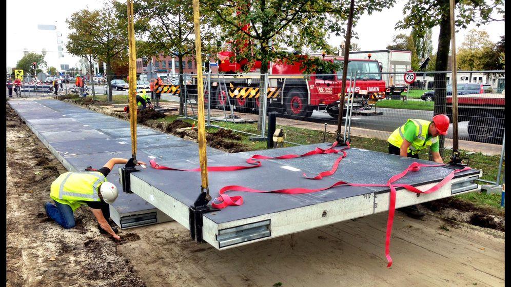 Grüner Radweg in den Niederlanden: Solarzellen unter dem Reifen