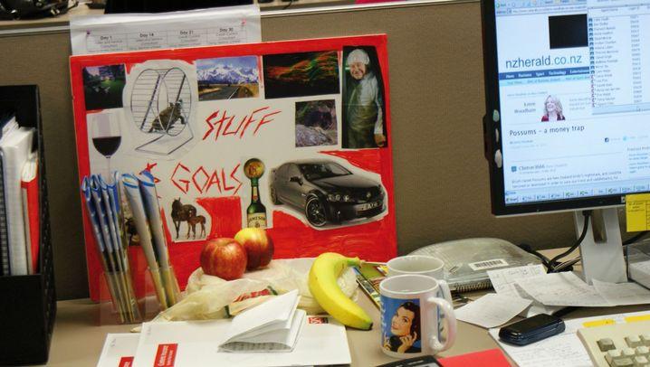 Schreibtische im weltweiten Vergleich: Grünzeug, Kitsch und Autoschlüssel