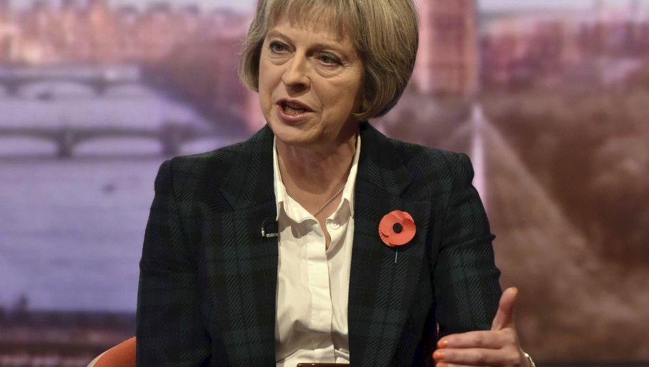 Innenministerin Theresa May: Überwachungsgesetz vorgestellt