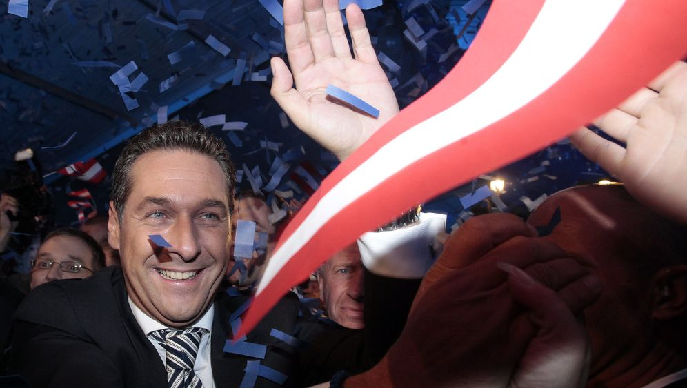 Photo Gallery: Austria's Rising Right