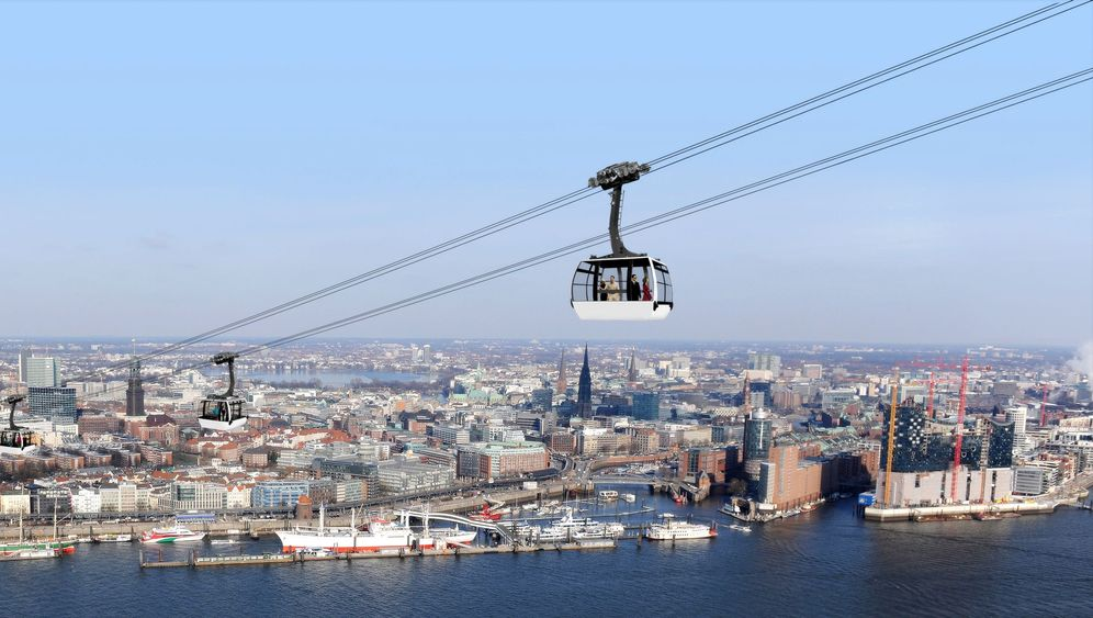Photo Gallery: Over Hamburg on a Cable Car