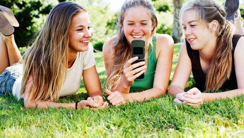 Teenager: Internetnutzung verlagert sich ins mobile Web