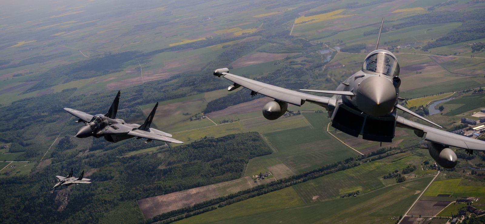 nato-Jets über baltikum
