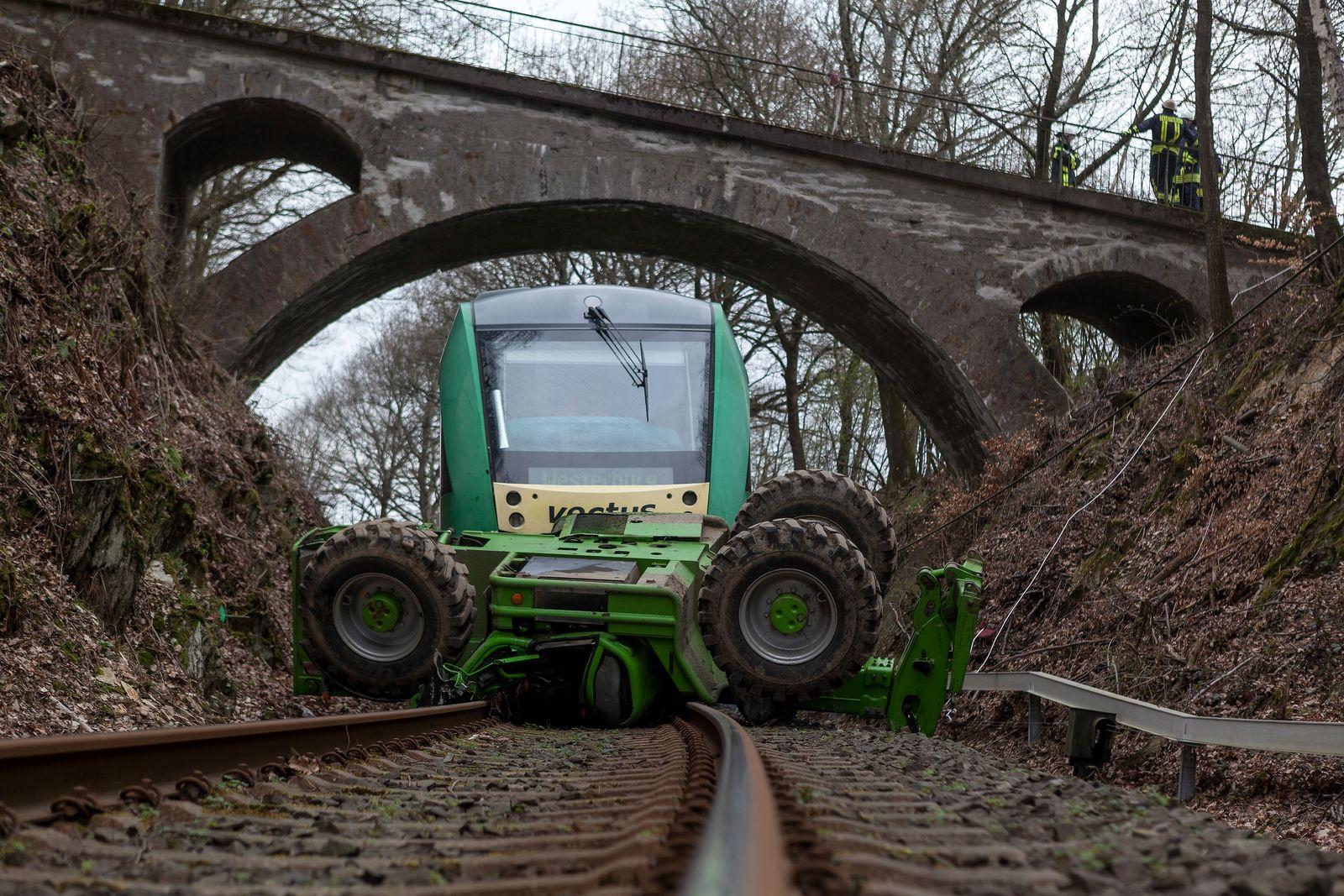 NICHT VERWENDEN Unfall/ Traktor/ Bahn