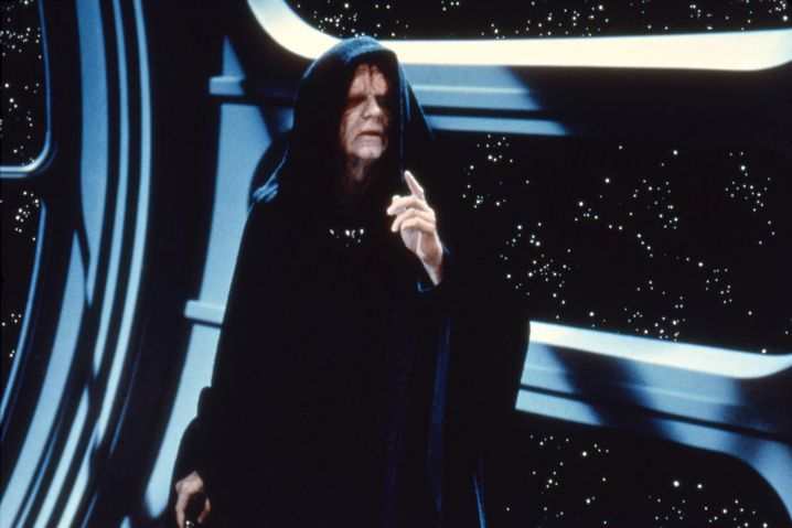 """Ian McDiarmid als Darth Sidious in """"Die Rückkehr der Jedi-Ritter"""""""