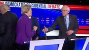 Warren verweigert Sanders den Handschlag