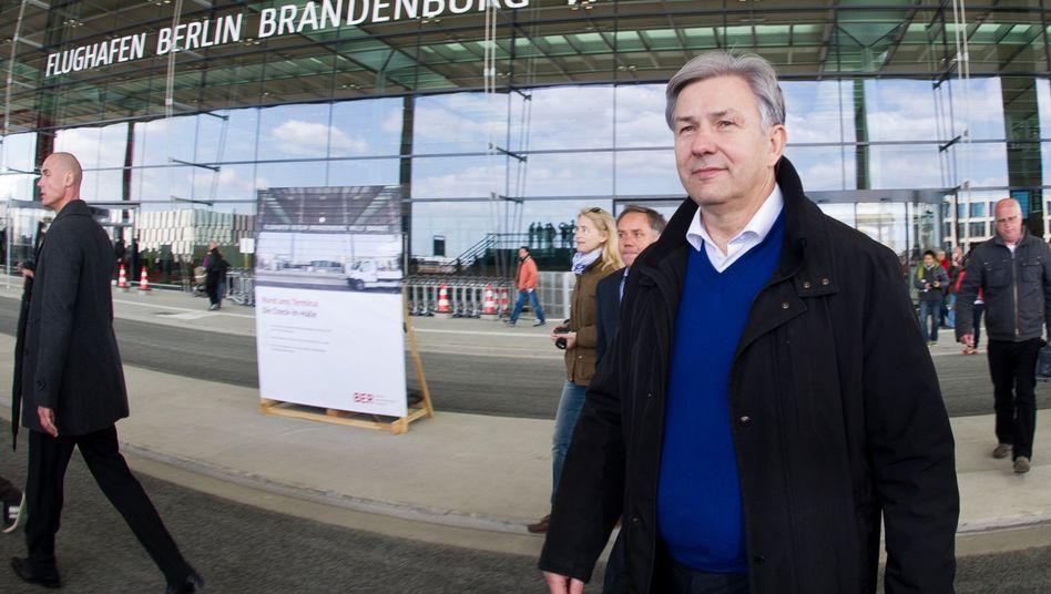 Regierender Bürgermeister Wowereit: Kanzlei soll Haftungsfragen klären
