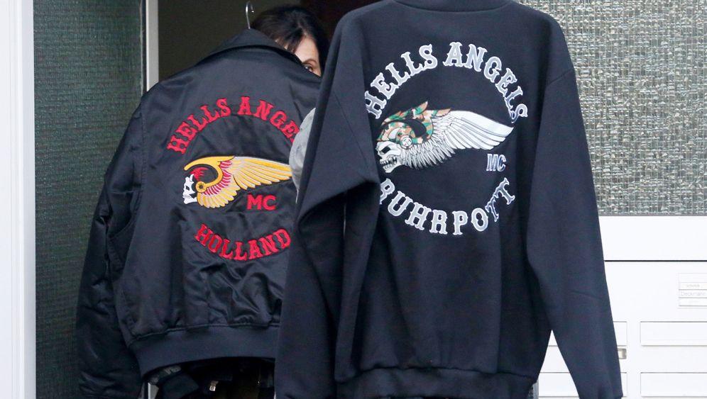 Verbot der Rocker-Gruppierung: Großrazzia bei Hells Angels