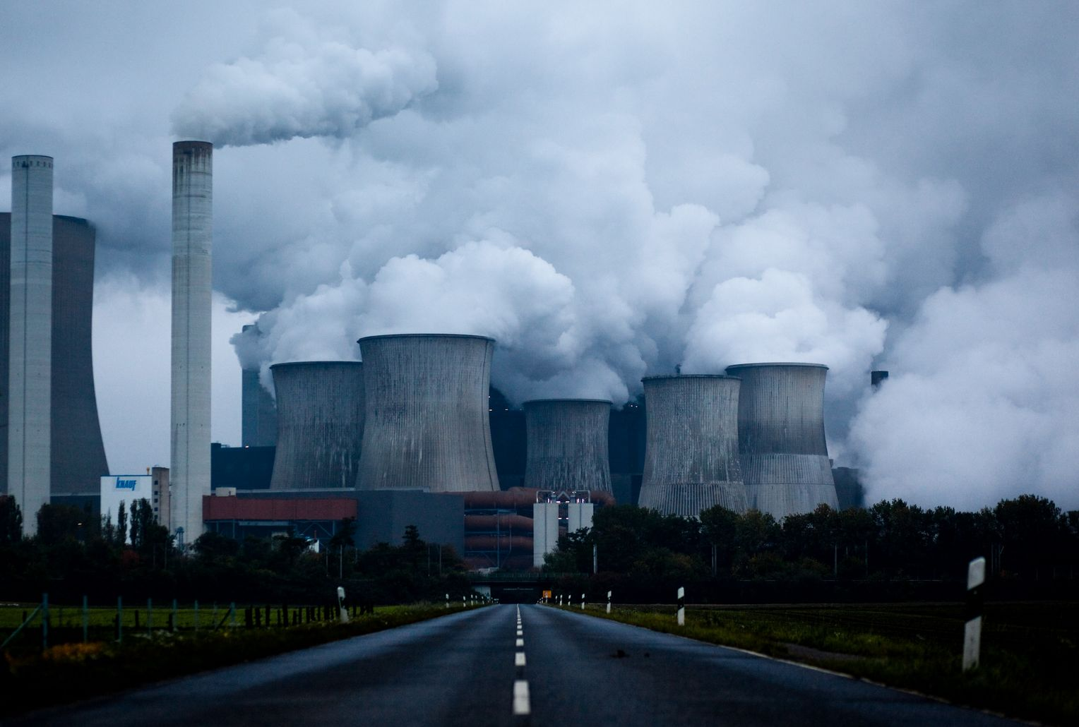 European Co2 Emissions Reduction System Is Broken Der Spiegel