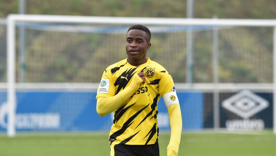 Jubelte dreifach für die Dortmunder A-Jugend: Yossoufa Moukoko