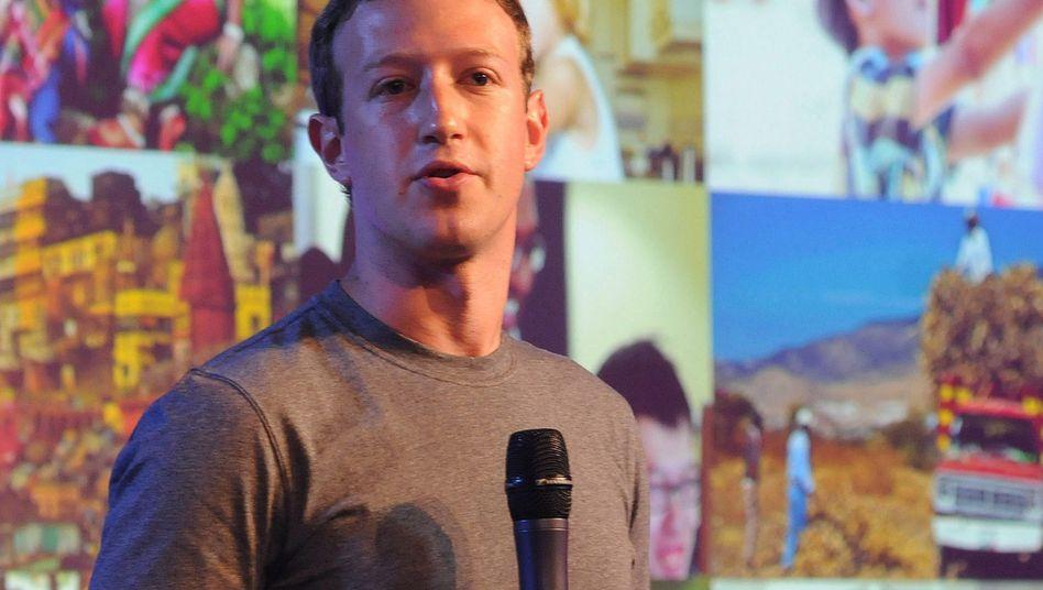Mark Zuckerberg bei einer Veranstaltung in Indien: Internet.org steht in der Kritik
