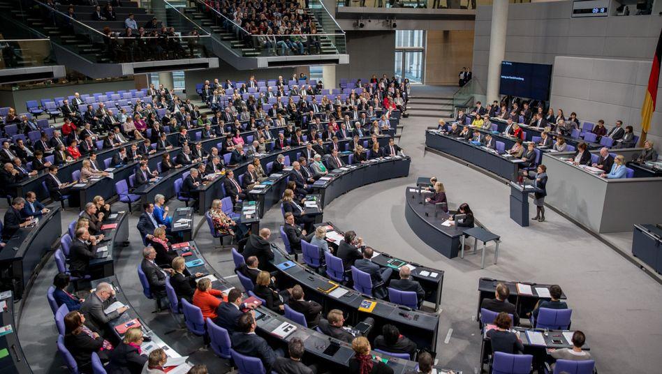 Debatte im Bundestag: Wie soll der Einsatz gestaltet werden?