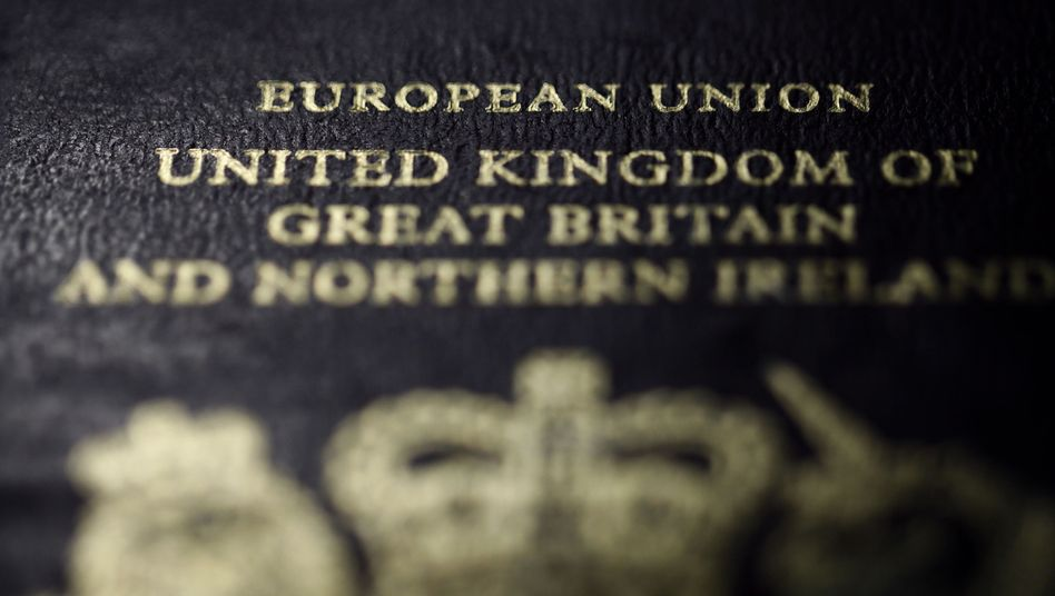 """A British European Union passport: """"If you condemn Cameron's idea of a referendum on Europe outright, you will fan mistrust of Europe."""""""