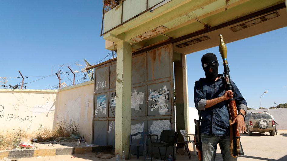 Libysche Miliz nahe Bengasi (im Februar): Stehen die monatelangen Kämpfe vor einem vorläufigen Ende?