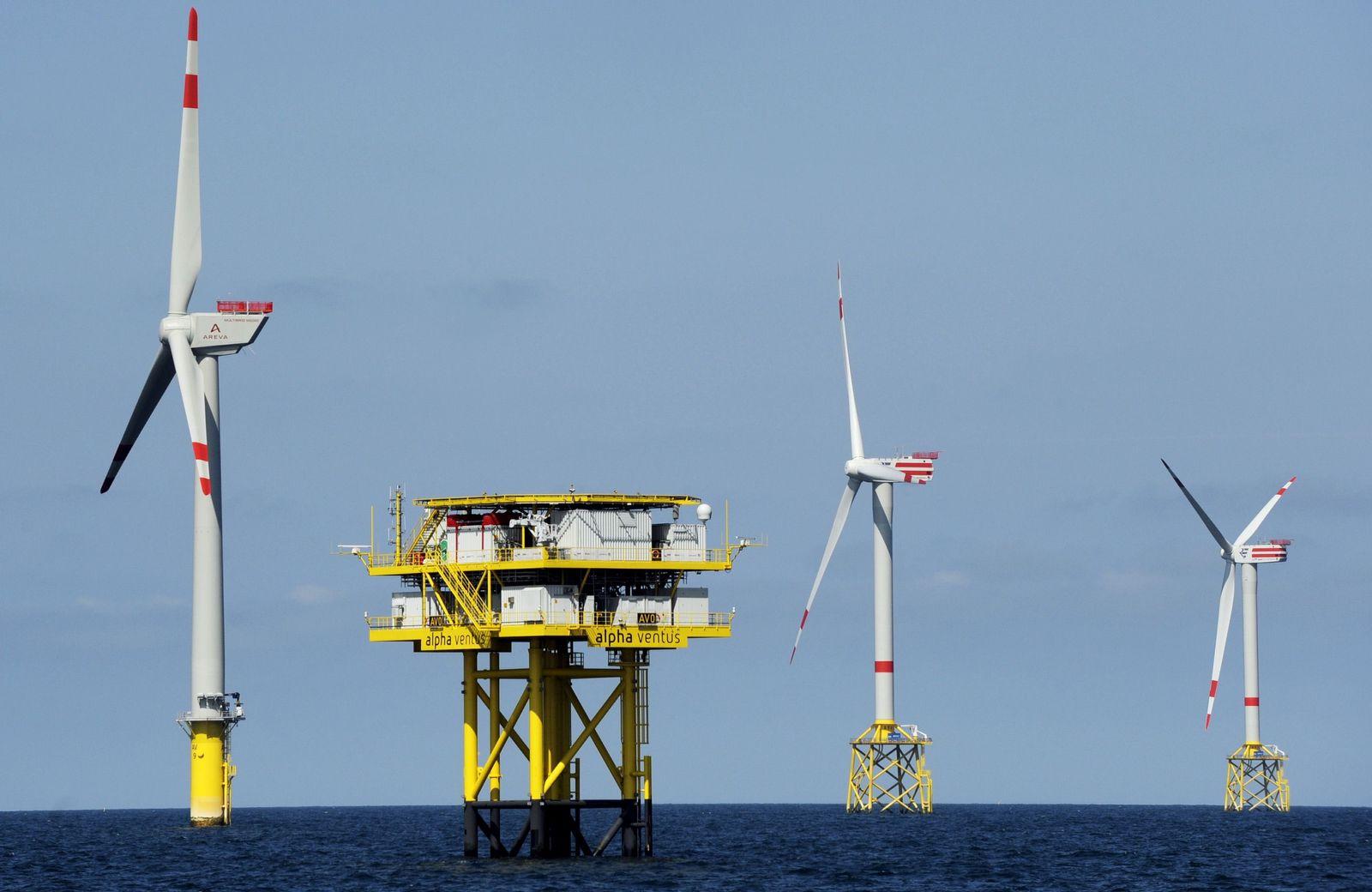 NICHT VERWENDEN Alternative Energien/ Offshore-Windpark/ alpha ventus