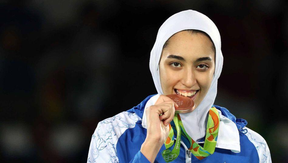 """Taekwondo-Bronzegewinnerin Kimia Alizadeh: """"Gedemütigt und ausgenutzt"""""""