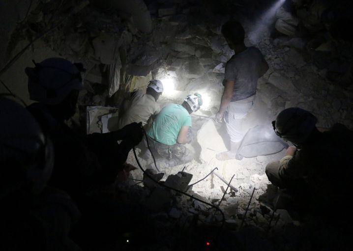 Zivile Retter der Weißhelme in Aleppo