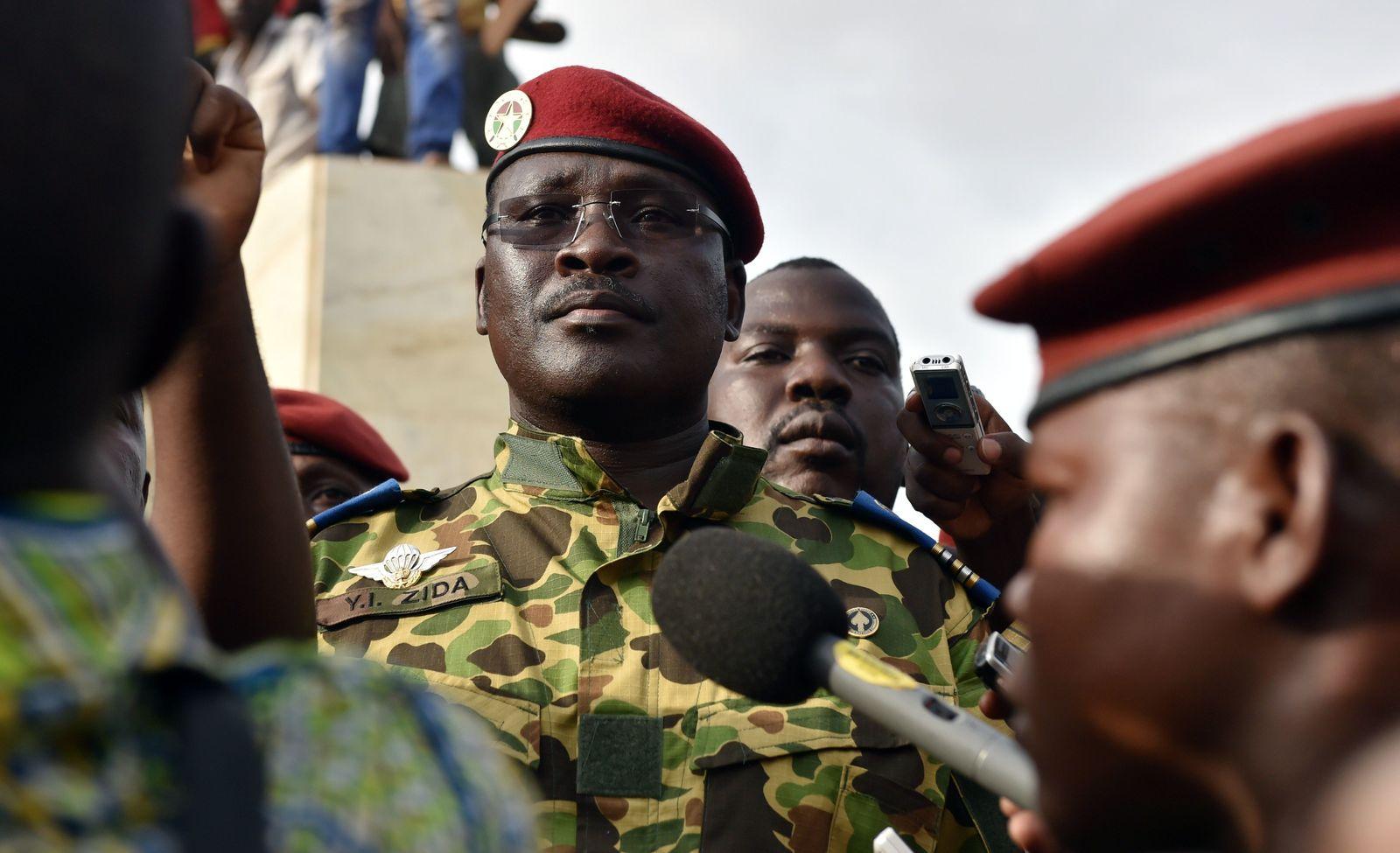 Burkina Faso / Issaac Zida