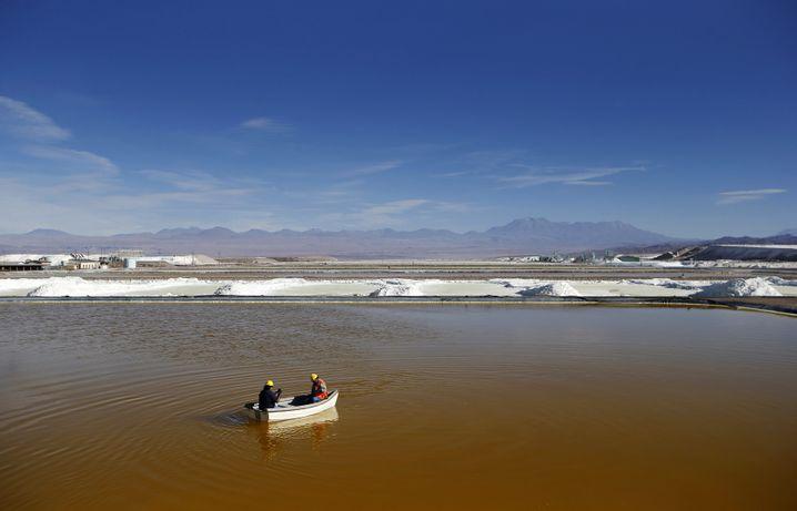 Lithium-Reserven in der Atacama-Wüste: Rohstoff für Batterien