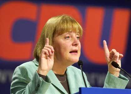 Angela Merkel: Keine Klage gegen Kohl